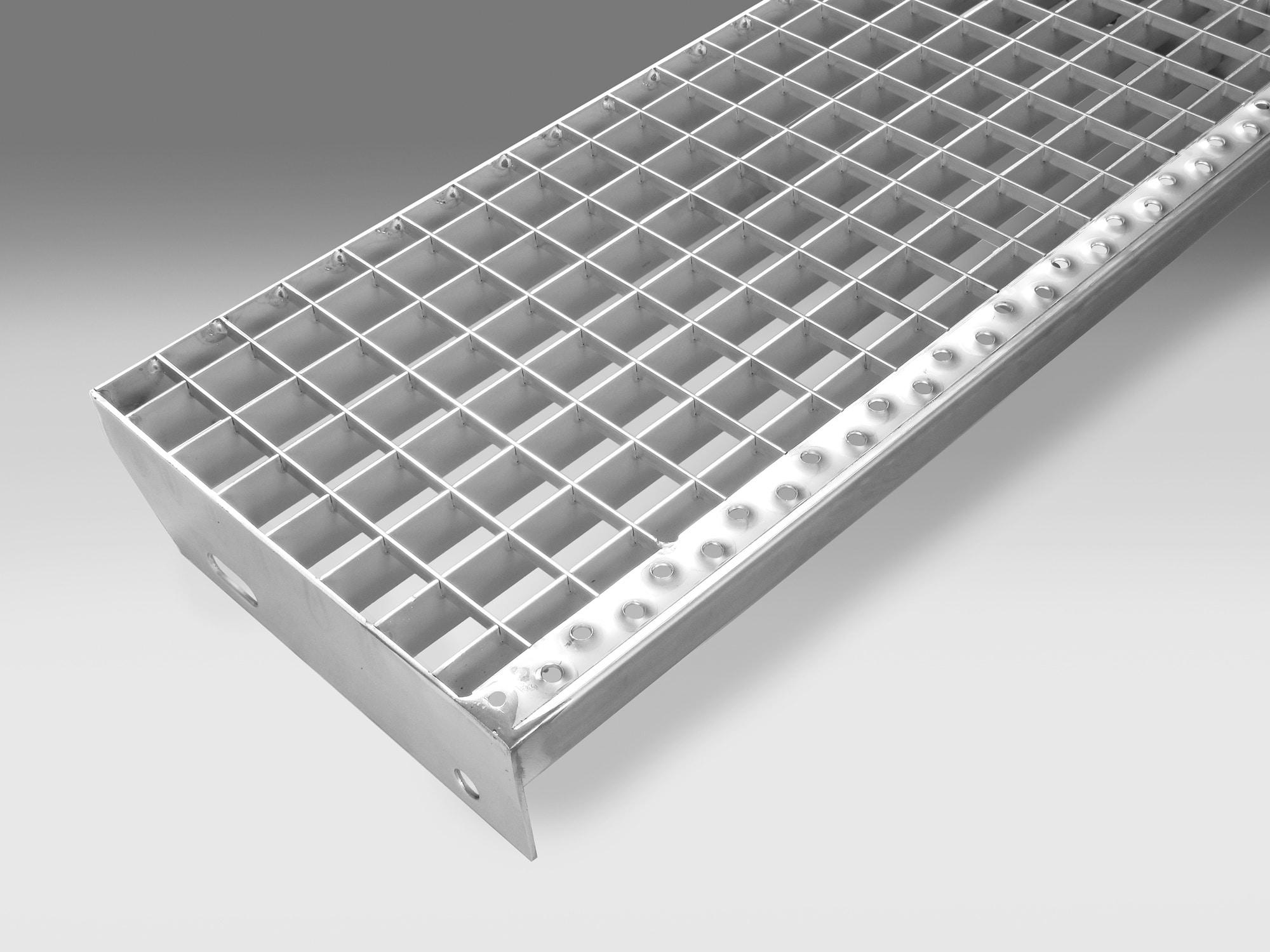 Edelstahl Norm-Treppenstufen - Maschenweite 30/30